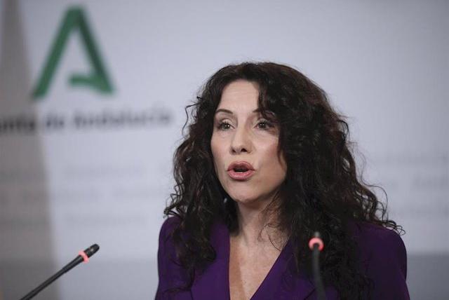 La Junta aprueba el Estatuto de la adopción y el acogimiento, que regula derechos y deberes en protección de menores