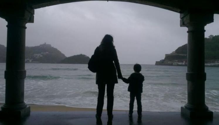 """Familias de acogida: entre la pena de una despedida anunciada y la generosidad de saberse un paso """"necesario"""" en la vida de estos niños"""