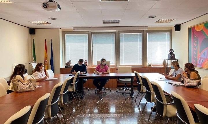 Reunión con la Delegada de Educación y el Jefe de Servicio de Ordenación Educativa